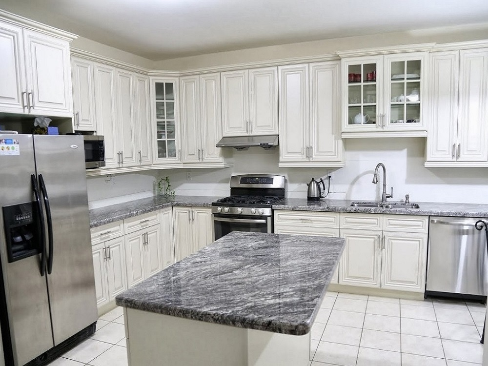 Custom Kitchen Cabinets & Bathroom Vanities | Scarborough, Toronto ...